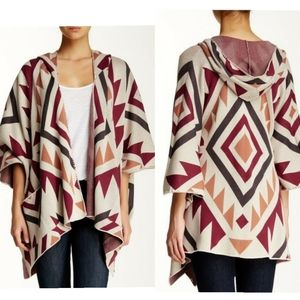 🎉Billabong Enchanted Ways Hooded Boho Poncho🎉
